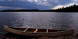 /images/133/1997-10-12-anima-canoe-sunset-pano.jpg - #00058: evening at Anima Nipissing Lake … Oct 1997 -- Anima Nipissing Lake, Temagami, Ontario.Canada