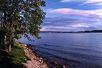 /images/133/1998-09-kawartha-lake1.jpg - #00144: Kawartha lake … Sept 1998 -- Kawartha, Ontario.Canada