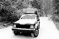 /images/133/1999-09-jeep-snow-bw.jpg - #00404: camping near Independence Pass … Sept 1999 -- Independence Pass, Colorado