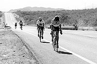 /images/133/1999-10-cycling-road-bw.jpg - #00439: Christina in a bicycle race in Douglas … Oct 1999 -- Douglas, Arizona