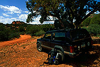 /images/133/2000-08-sedona-syca-jeep.jpg - #00601: Dogie Trail in Sycamore Canyon … August 2000 -- Sedona, Arizona