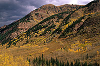 /images/133/2000-09-colo-castle-mtn.jpg - #00642: Mountains along Castle Creek Road … Sept 2000 -- Castle Creek Road, Aspen, Colorado