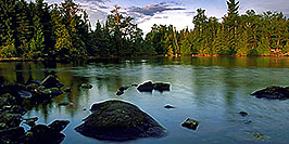 /images/133/2000-09-tema-morning1-pano.jpg - #00686: morning at Lake Temagami … Sept 2000 -- Lake Temagami, Temagami, Ontario.Canada