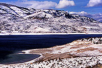 /images/133/2000-12-phx-tor-gunn-lk1.jpg - #00711: lake by Gunnison … Phoenix-Toronto 3,500 mile snow-camping trip … Dec 2000 -- Morrow Point Reservoir, Gunnison, Colorado