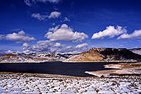 /images/133/2000-12-phx-tor-gunn-lk4.jpg - 00723: lake by Gunnison … Phoenix-Toronto 3,500 mile snow-camping trip … Dec 2000 -- Morrow Point Reservoir, Gunnison, Colorado