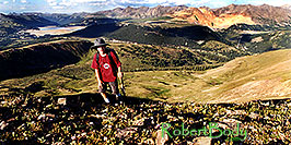 /images/133/2001-07-leadville-kyle-top-pano.jpg - #00831: Kyle … almost at 12,500ft top … July 2001 -- Chalk Mountain, Leadville, Colorado