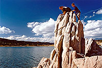 /images/133/2001-11-utah-recapture1.jpg - #00919: Kyle at Recapture lake … Nov 2001 -- Recapture, Utah