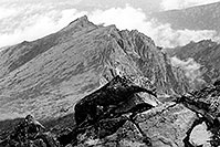 /images/133/2002-08-lomnicky-stit-bw6.jpg - #01091: views from top of Lomnicky Stit … August 2002 -- Lomnicky Stit, Vysoke Tatry, Slovakia