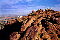 /images/133/2003-03-camelback-top1.jpg - #01138: top of Camelback Mountain … March 2003 -- Camelback Mountain, Phoenix, Arizona