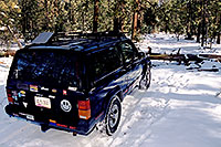/images/133/2003-03-snowbowl-jeep-shove.jpg - #01199: Snowbowl, Arizona … March 2003 -- Snowbowl, Arizona