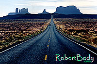 /images/133/2003-11-monvalley1.jpg - #01367: road to Monument Valley … Nov 2003 -- Monument Valley, Utah