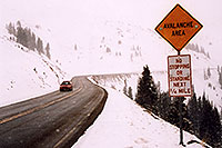 /images/133/2004-04-loveland-road-sign.jpg - #01470: road up to Loveland Pass … April 2004 -- Loveland Pass, Colorado