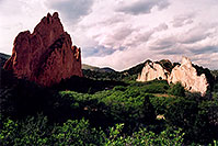 /images/133/2004-05-gardgods-rocks5.jpg - #01513: Red Rocks in Garden of the Gods … May 2004 -- Garden of the Gods, Colorado Springs, Colorado