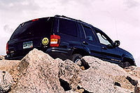 /images/133/2004-06-mtevans-jeep-above.jpg - #01567: Jeep at 12,000 ft … along Mt Evans road … June 2004 -- Mount Evans Road, Mt Evans, Colorado