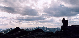 /images/133/2004-06-mtevans-top-view1p.jpg - #01603: view from summit of Mt Evans … June 2004 -- Mt Evans, Colorado