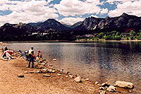 /images/133/2004-07-estes-fishing1.jpg - #01646: fishing by at Estes Lake … July 2004 -- Estes Park, Colorado