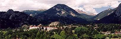 /images/133/2004-07-estes-view1.jpg - #01683: view of Estes Park from Estes Lake … July 2004 -- Estes Park, Colorado