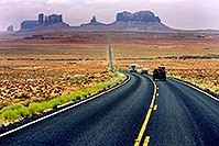 /images/133/2004-07-monvalley-3.jpg - #01745: road to Monument Valley … July 2004 -- Monument Valley, Utah