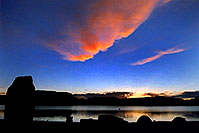 /images/133/2004-07-powell2-sunrise1.jpg - #01726: silhouettes of tents, cars and Lone Rock monument … sunrise at Lone Rock … July 2004 -- Lone Rock, Lake Powell, Utah