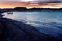 /images/133/2004-07-powell2-sunset2.jpg - #01731: sunset at Lone Rock … July 2004 -- Lone Rock, Lake Powell, Utah
