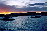 /images/133/2004-07-powell2-sunset3.jpg - #01766: sunset at Lone Rock … July 2004 -- Lone Rock, Lake Powell, Utah