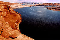 /images/133/2004-07-powell2-waheep3.jpg - #01776: images of Wahweap and Lake Powell … July 2004 -- Wahweap, Lake Powell, Utah