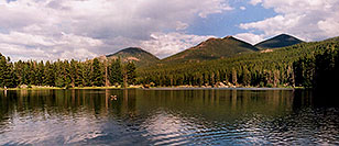 /images/133/2004-07-rocky-lake.jpg - #01799: images of Rocky Mountain National Park … July 2004 -- Sprague Lake, Rocky Mountain National Park, Colorado