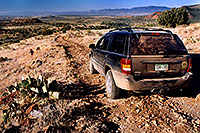 /images/133/2004-07-sedona-jeep1.jpg - #01824: off the beaten track in Sedona … July 2004 -- Sedona, Arizona