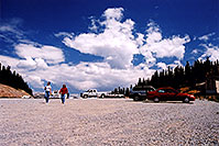 /images/133/2004-08-verde-monarch-pass1.jpg - #02021: Ewka and Aneta at Monarch Pass … August 2004 -- Monarch Pass, Colorado
