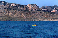 /images/133/2004-08-wyo-cody-lake3.jpg - #02042: kayaking at Buffalo Bill Reservoir … August 2004 -- Buffalo Bill Reservoir, Cody, Wyoming