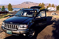 /images/133/2004-08-wyo-jeep-morning.jpg - #02010: camping by Cody, Wyoming … August 2004 -- Cody, Wyoming