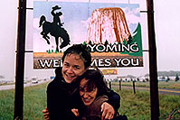 /images/133/2004-08-wyoming-welcome2.jpg - #02049: It`s not that cold, it