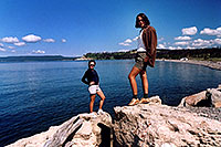 /images/133/2004-08-yello-lake3.jpg - #02103: Ewka & Ola by Yellowstone Lake … August 2004 -- Yellowstone, Wyoming