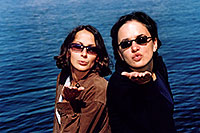 /images/133/2004-08-yello-lake5.jpg - #02105: Ola & Ewka by Yellowstone Lake … August 2004 -- Yellowstone, Wyoming