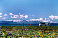 /images/133/2004-08-yello-rv1.jpg - #02090: this looks a little like Alaska :-)  … August 2004 -- Yellowstone, Wyoming