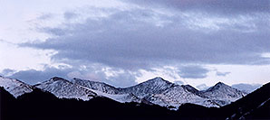 /images/133/2004-09-indep-mtns-night-pano.jpg - #02149: mountains by Independence Pass … Sept 2004 -- Independence Pass, Colorado