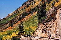/images/133/2004-09-indep-road2.jpg - #02152: road heading to Aspen from Independence Pass … Sept 2004 -- Independence Pass, Colorado