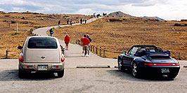 /images/133/2004-09-indep-top-people02.jpg - #02120: top of Independence Pass … Sept 2004 -- Independence Pass, Colorado
