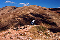 /images/133/2004-09-loveland-view2.jpg - #02165: West Slope: view of trail leading up East Slope … Sept 2004 -- Loveland Pass, Colorado