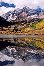 /images/133/2004-09-maroon-bells-vert1.jpg - #02197: Maroon Bells reflecting in Maroon Lake … Sept 2004 -- Maroon Peak, Maroon Bells, Colorado