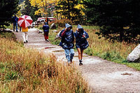 /images/133/2004-09-maroon-people06.jpg - #02187: images of Maroon Lake … Sept 2004 -- Maroon Bells, Colorado