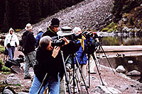 /images/133/2004-09-maroon-photog1.jpg - #02191: they get here in pitch dark before 6am and stay for hours … sometimes 50 of them … it happens every fall … Sept 2004 -- Maroon Bells, Colorado