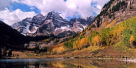 /images/133/2004-09-maroon-view1-pano.jpg - #02236: Maroon Bells in fall … Sept 2004 -- Maroon Peak, Maroon Bells, Colorado