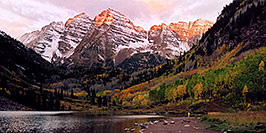 /images/133/2004-09-maroon-view2-w.jpg - #02201: 7am sun touches the peaks of Maroon Bells … Sept 2004 -- Maroon Peak, Maroon Bells, Colorado
