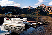 /images/133/2004-09-twinlakes-boat02.jpg - #02207: images of Twin Lakes … Sept 2004 -- Twin Lakes, Colorado