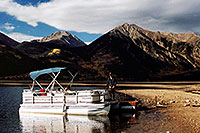 /images/133/2004-09-twinlakes-boat03.jpg - #02208: images of Twin Lakes … Sept 2004 -- Twin Lakes, Colorado
