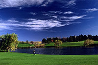 /images/133/2004-10-cent-inverness03.jpg - #02233: Golfer in Englewood … Oct 2004 -- Inverness Dr, Englewood, Colorado