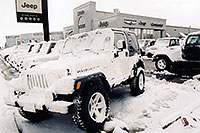 /images/133/2004-10-cent-lithia-snow01.jpg - #02242: Lithia Jeep in Centennial … Oct 2004 -- Arapahoe Rd, Centennial, Colorado