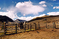 /images/133/2004-10-crested-evening2.jpg - #02312: Slate River Road in background … Oct 2004 -- Crested Butte, Colorado