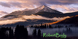 /images/133/2004-10-crested-morn-fog4-pano.jpg - 02336: morning in Crested Butte … Oct 2004 -- Crested Butte, Colorado